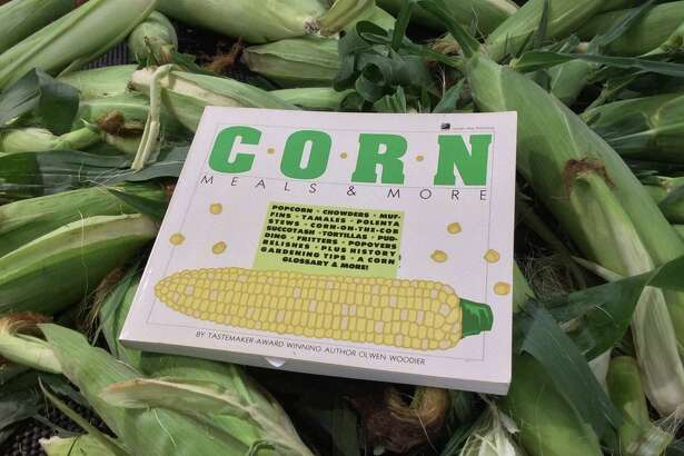 Corn: Meals & More By Olwen Woodier (1987, Storey Communications)