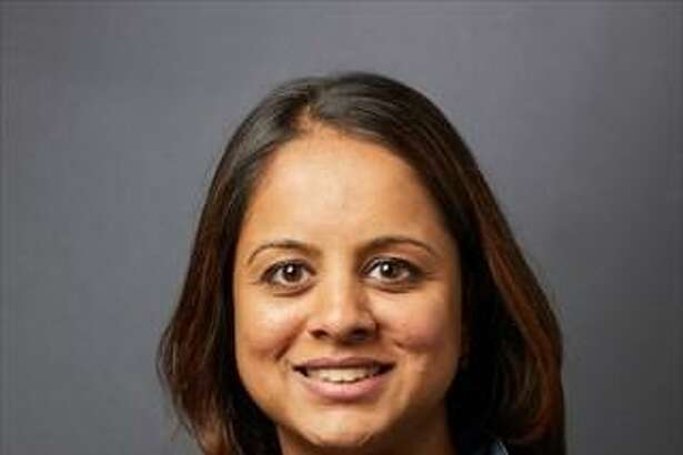 Dr. Sangini Sheth isan associate medical director and director of colposcopy and cervical dysplasia at Yale New Haven Hospital?'s Women?'s Center andassistant professor of obstetrics, gynecology and reproductive sciences at Yale School of Medicine.