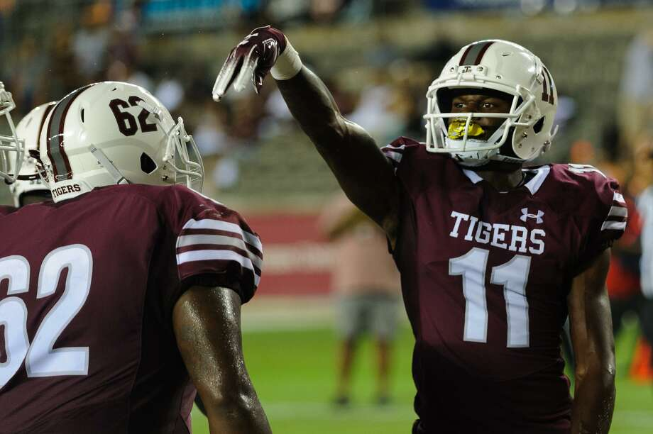 PHOTOS: College football's largest stadiums in 2018 