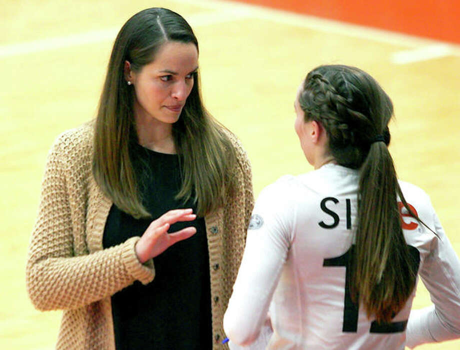 SIUE coach Kendall Paulus, left, talks with Sami Knight last week during action against Northern Kentucky at the Vadalabene Center. Photo: SIUE Athletics