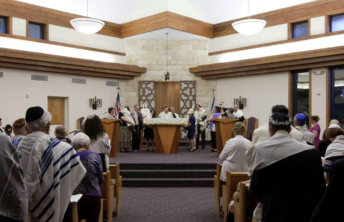 Congregation B'nai Torah celebrates the onset of the Jewish holiday of Yom Kippur at the synagogue in Trumbull, Conn.