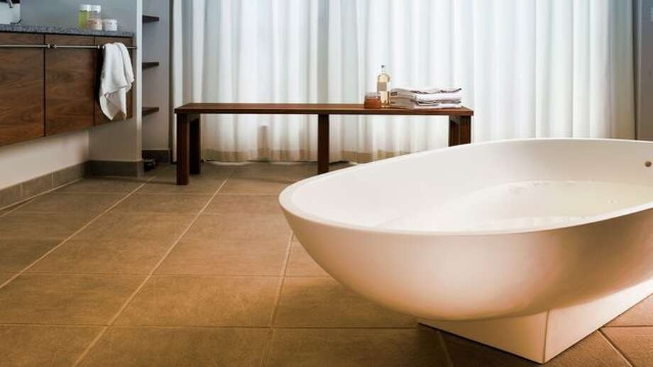 What Is a Soaking Tub? A Luxurious Bathing Fixture That Has Basic ...