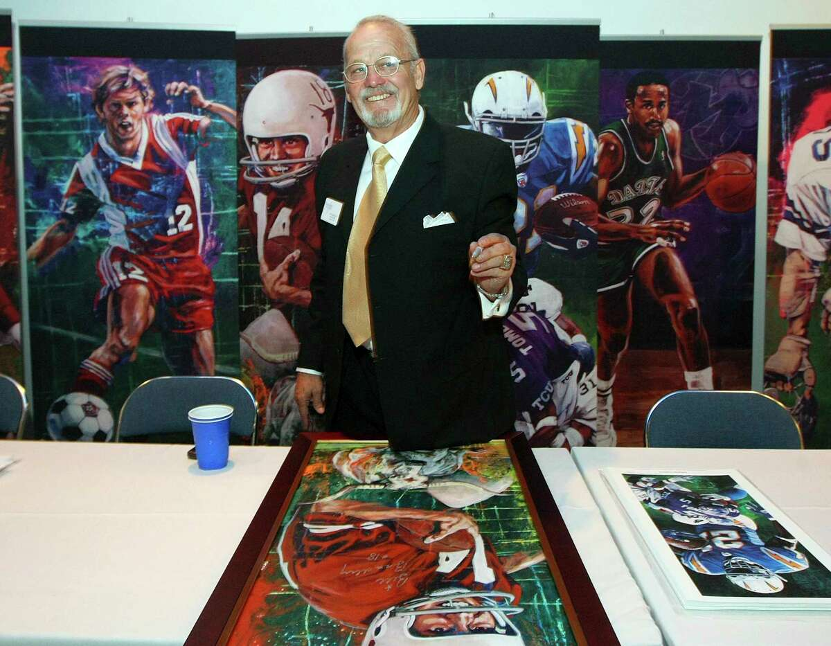 Bill Bradley, at his induction to Texas Sports Hall of Fame in 2009, eventually lost his starting QB job at Texas because of the wishbone.