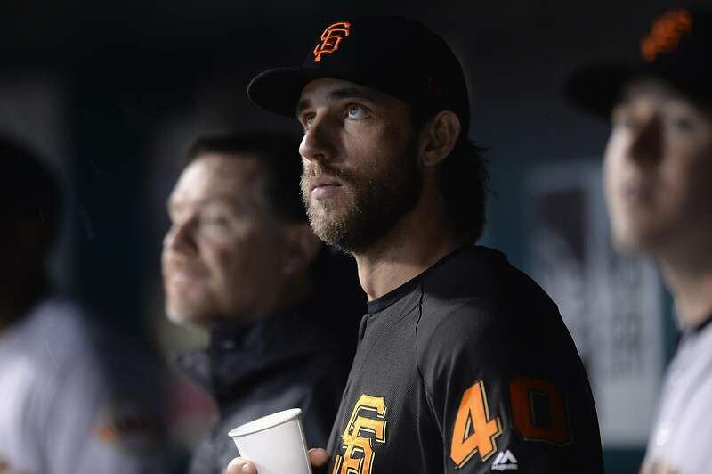 Bumgarner lobbies for Harper — with a caveat