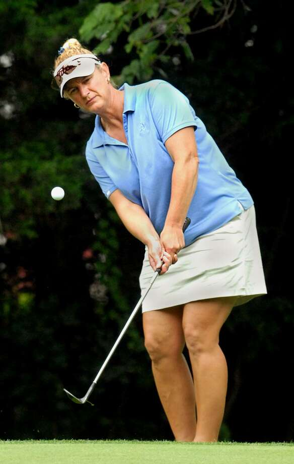 Branford's Jen Holland is the lone state woman competing in the 32nd U.S. Women's Mid-Amateur Championship beginning Saturday in St. Louis. Photo: Hearst Connecticut Media File Photo