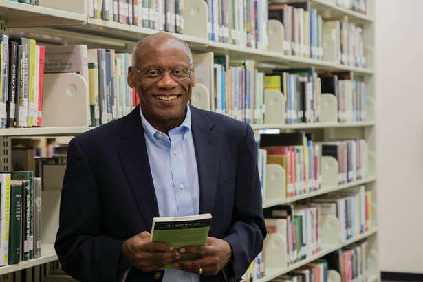nglish Professor Kamau Njoroge is Lewis and Clark Community College's 2018 Emerson Electric Excellence in Teaching Award recipient. Photo by Jan Dona, L&C Media Services