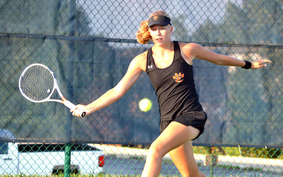 Edwardsville freshman Hannah Colbert makes a forehand return during her No. 5 singles match against Columbia (Mo.) Rock on Wednesday at Holt High School in Wentzville, Mo. Photo: Scott Marion