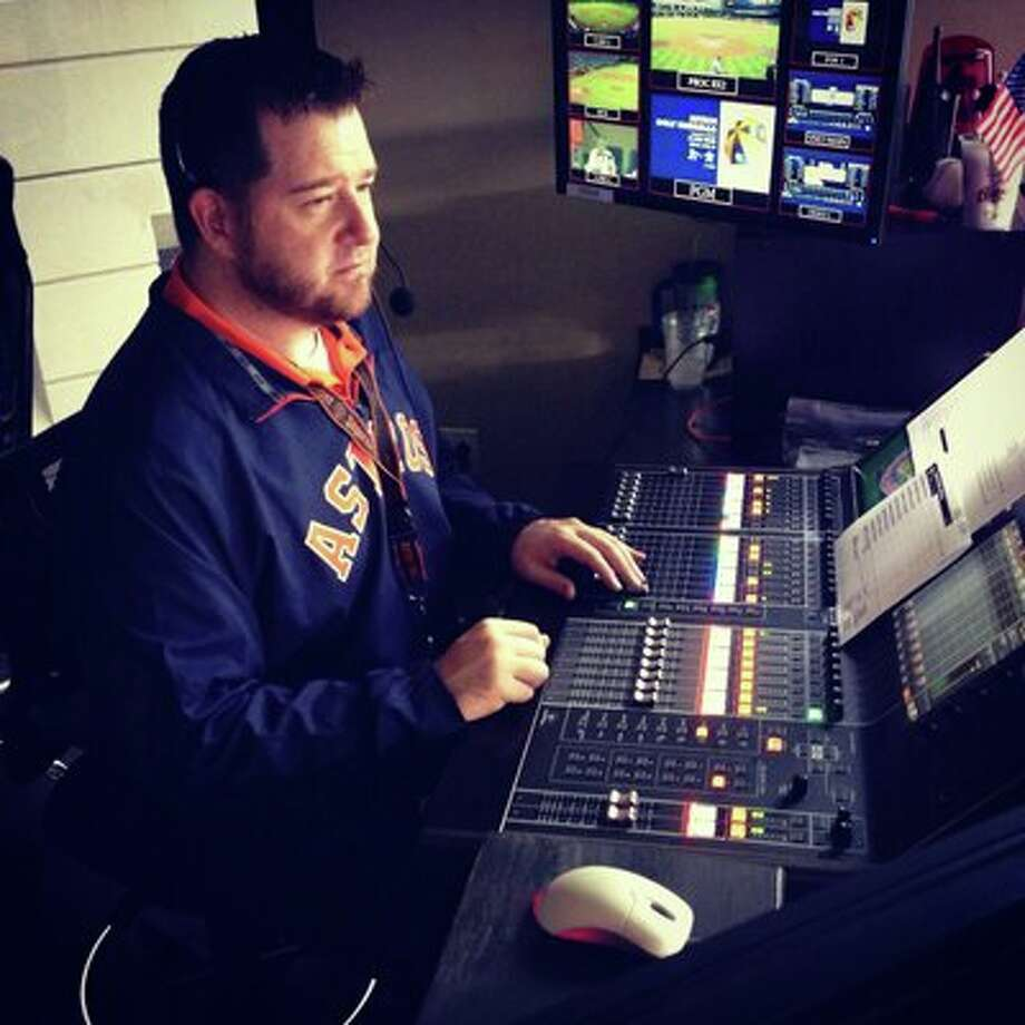 PHOTOS: The stars off the field at Minute Maid Park   Since the last days at the Astrodome, DJ Nunee Oakes has been the man behind the music at every Astros home game.   >>>See the other people who make the Minute Maid Park experience one of the best in the big leagues... Photo: Nunee Oakes