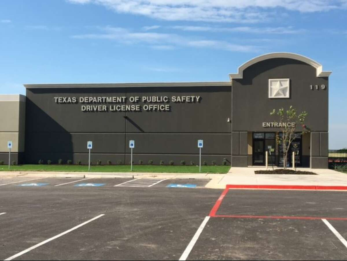New Braunfels Driver License Office: 119 Conrads Lane, New Braunfels Average wait time:22 minutesNumber of transactions completed in fiscal year 2017:26,132**During fiscal year 2017, the New Braunfels location was still using its old facility.