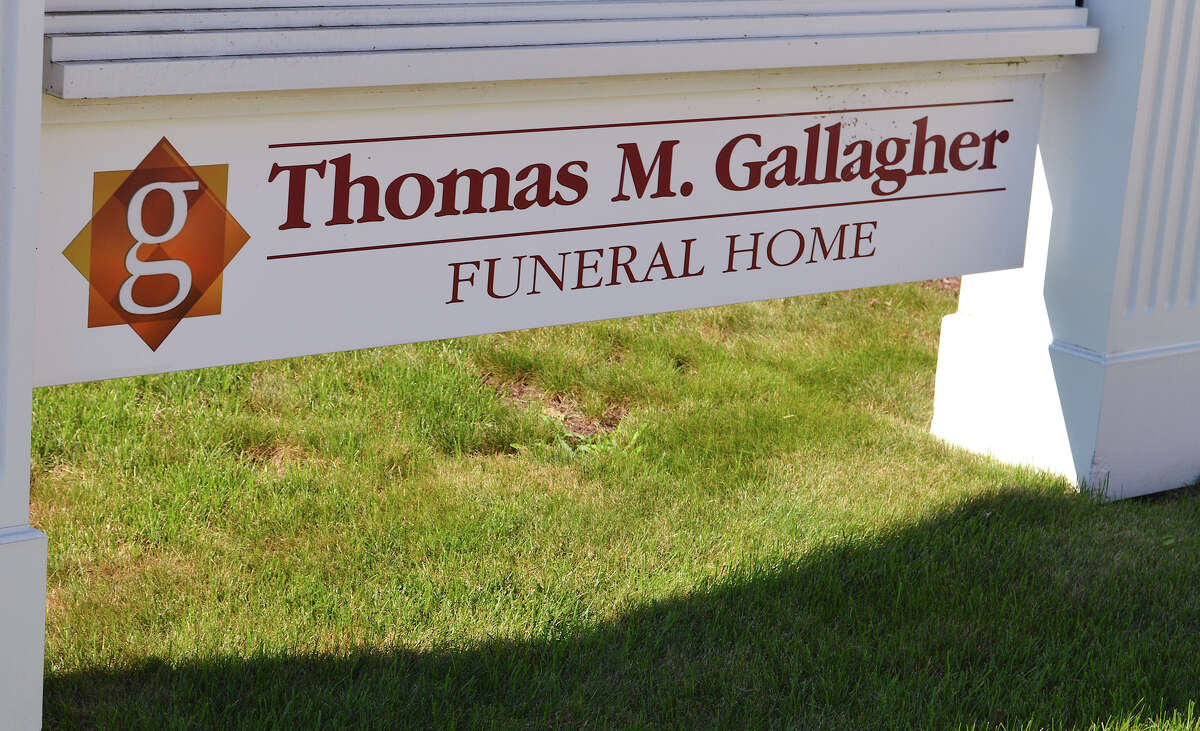 BEST NEW BUSINESS Thomas M. Gallagher Funeral Home 453 Shippan Ave.