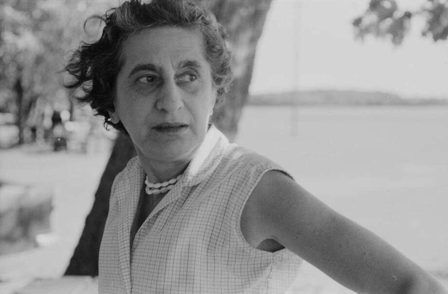 Fiber artist Anni Albers, circa 1960. Photo: 2018 The Josef And Anni Albers Foundation/Artists Rights Society / The Washington Post