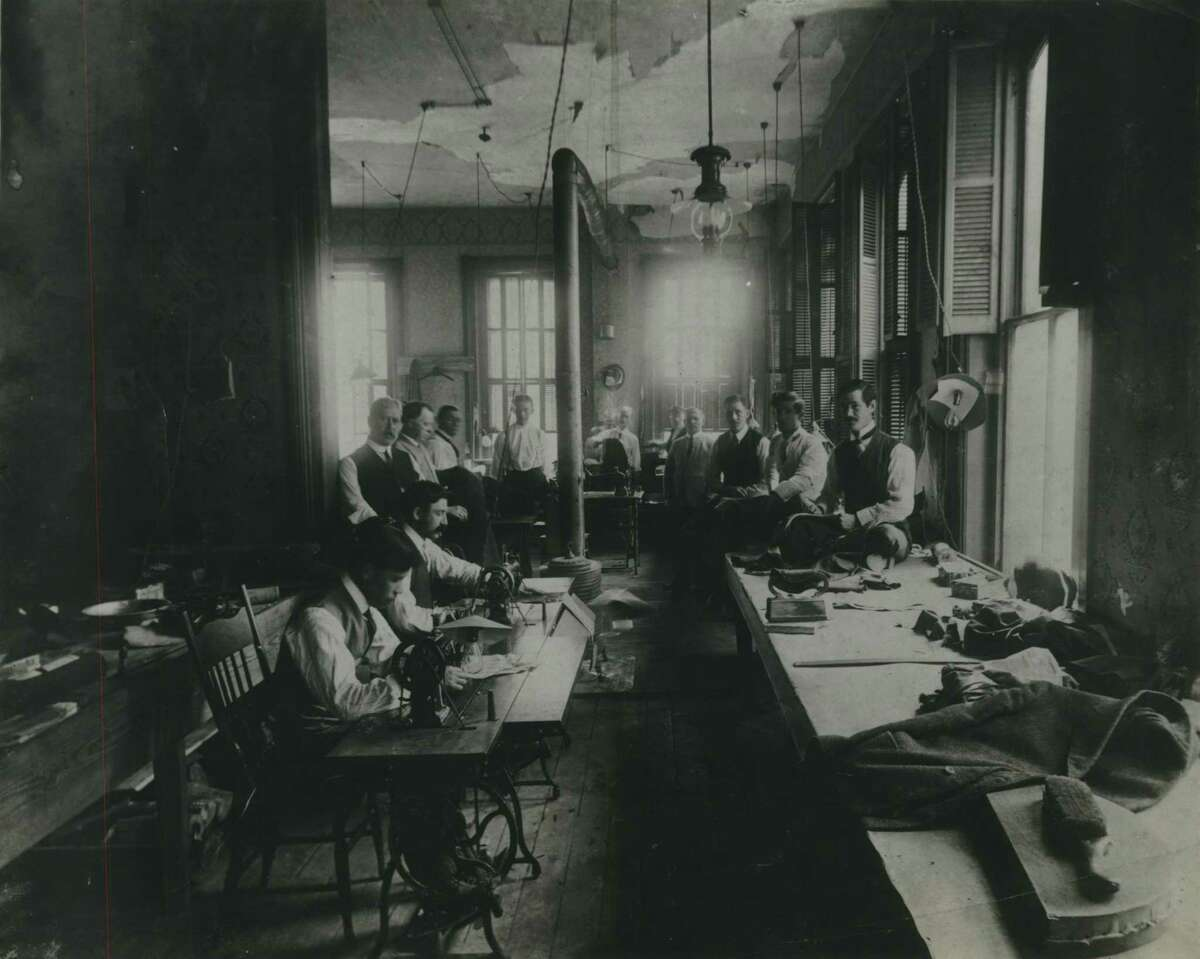 On third anniversary at 1005 Preston Avenue, Houston, Texas...this was Norton Ditto staff and working quarters in 1908.