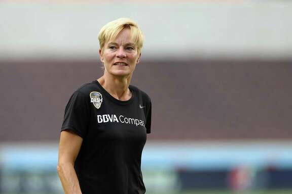 Houston Dash manager Vera Pauw walks to the locker room before the NWSL game against the Orlando Pride at BBVA Compass Stadium Wednesday, July 11, 2018, in Houston. ( Godofredo A. Vasquez / Houston Chronicle )