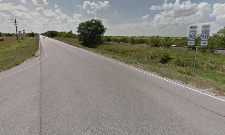 At least one person is dead after a fiery 18-wheeler crash south of Sugar Land on Thursday afternoon. Photo: Google Maps