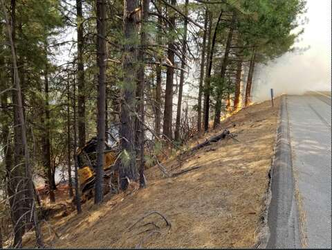 Wildfire near Placerville jumps Highway 50, prompts