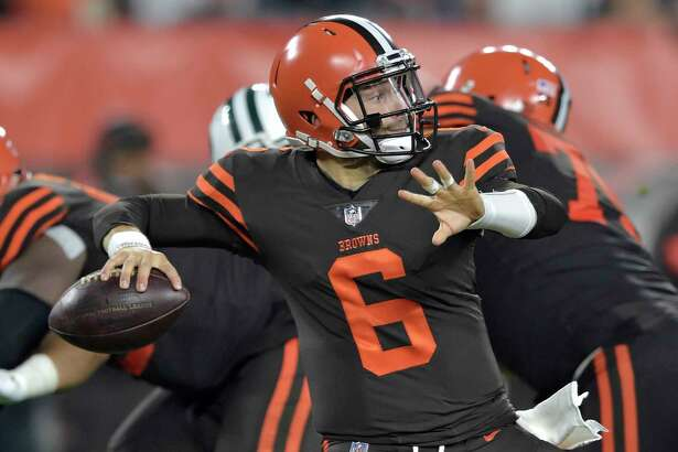 Cleveland Browns quarterback Baker Mayfield (6) throws against the New York Jets during the first half of an NFL football game, Thursday, Sept. 20, 2018, in Cleveland. (AP Photo/David Richard)