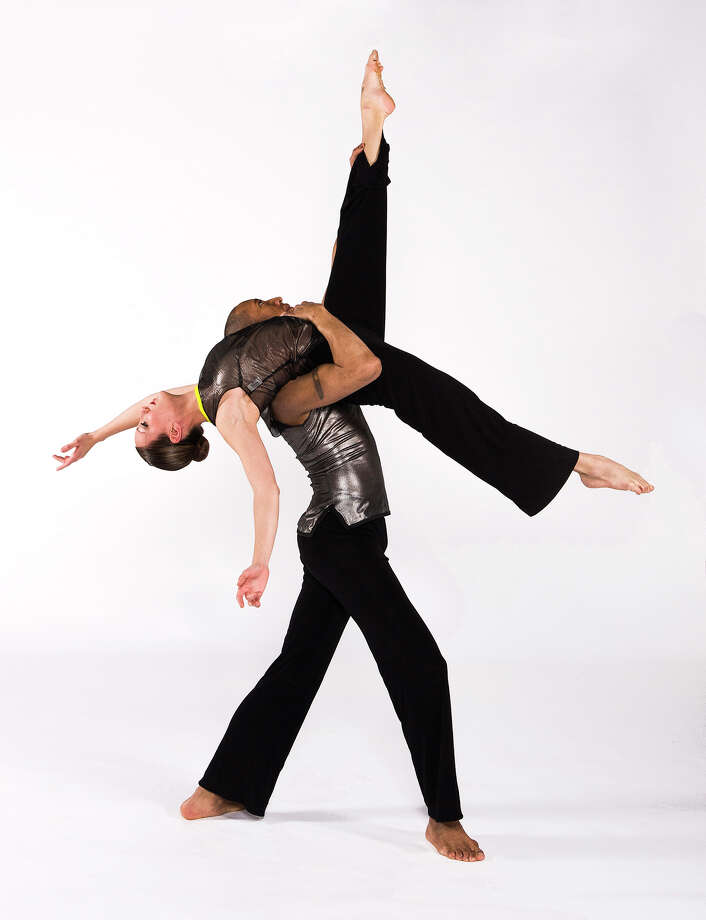 Sara Senecal and Andre Robles of the Ellen Sinopoli Dance Company, photo by Gary Gold Photo: Gary Gold / Gary GOLD
