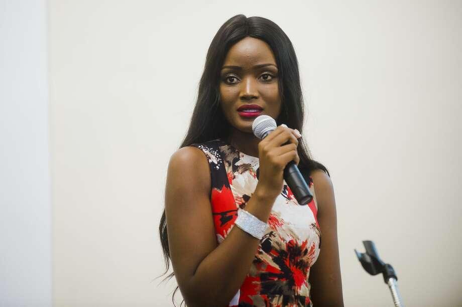 Miss Uganda Quiin Abenakyo speaks about the challenges faced by young women in Uganda on Thursday, Sept. 20, 2018 at Memorial Presbyterian Church in Midland. (Katy Kildee/kkildee@mdn.net) Photo: (Katy Kildee/kkildee@mdn.net)