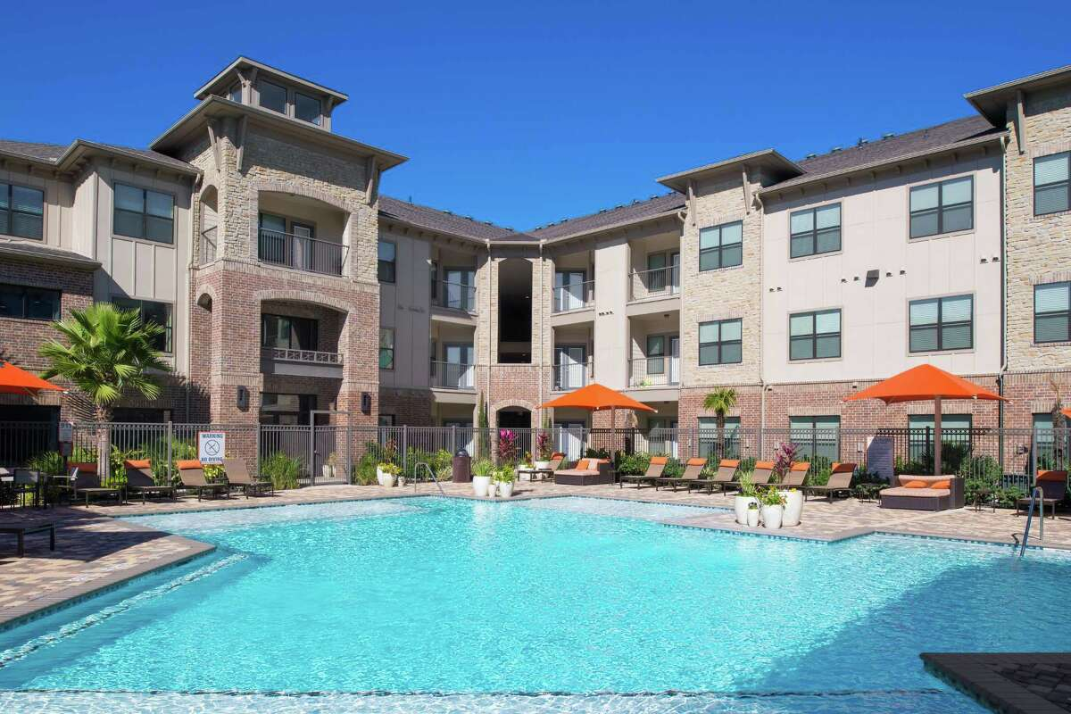 Cortland Cinco Ranch, at 6800 Gaston Road in Katy, is one of Cortland's local investments.