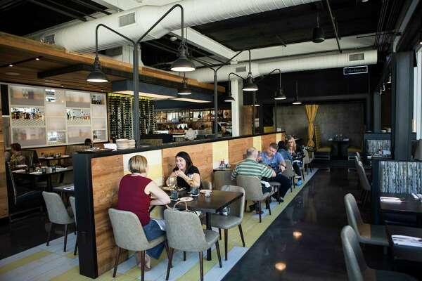 Top 100 Houston Restaurant Fielding S Local Kitchen Bar