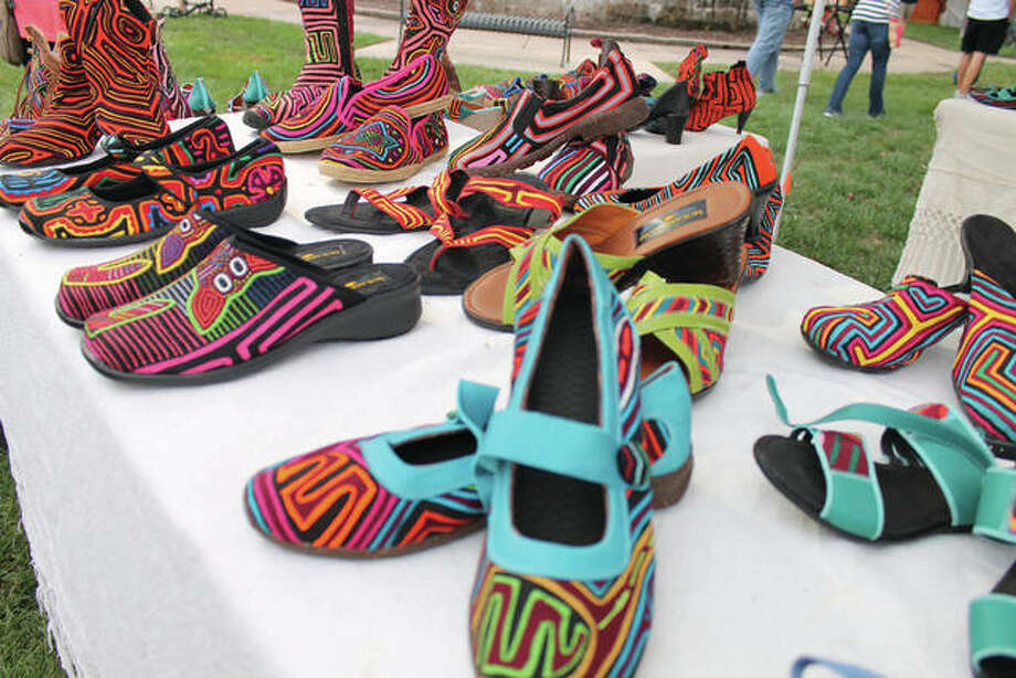 A scene from the opening day of the Edwardsville Art Fair. Photo: Bill Tucker/Intelligencer