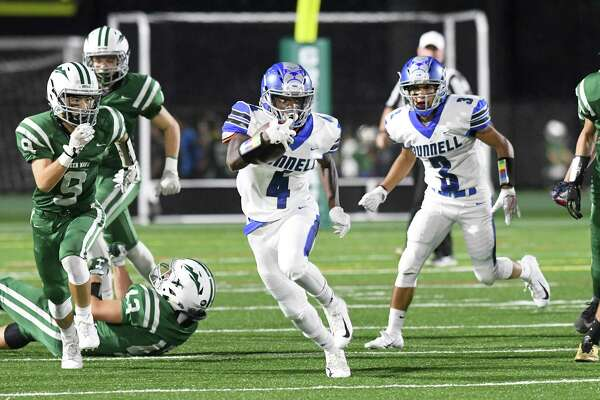 Bunnell at New Milford High School football, Sept. 21, 2018.