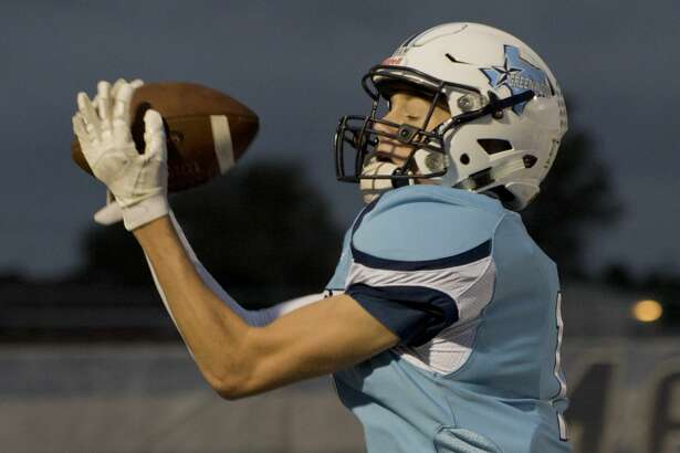 Greenwood's Brody Ray pulls in a pass for a touchdown 09/21/18 at J.M. King Memorial Stadium to end the first half against Seminole. Tim Fischer/Reporter-Telegram