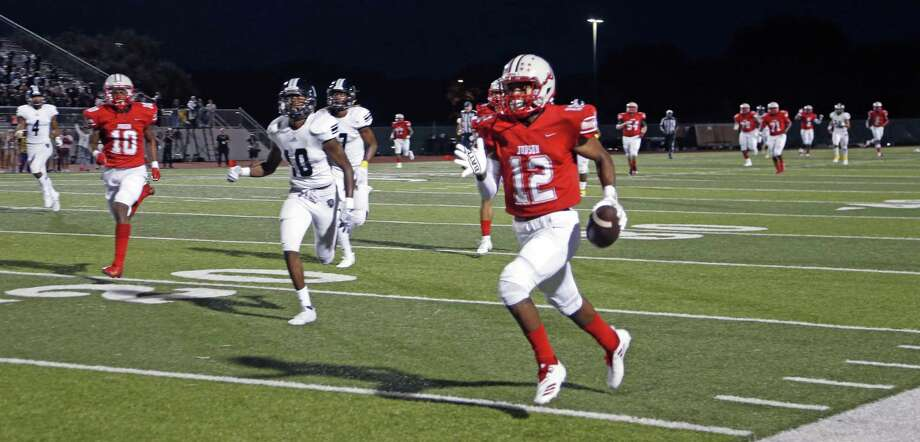 Judson's Amarea Bailey-Davis returns an interception for a TD. Steele at Judson on Tuesday, September 21, 2018 a Rutledge Stadium Photo: Ronald Cortes, Photo Correspondent / 2018 Ronald Cortes
