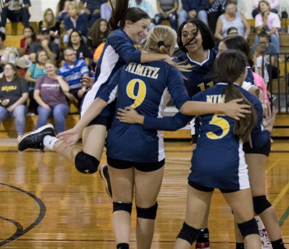 Nimitz A and B teams play Abell on Thursday at Nimitz Middle School. Photo: Jacy Lewis/191 News