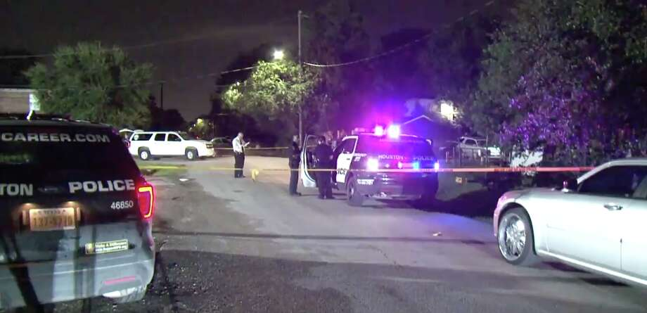 A man was found shot to death at an East Houston home late Friday evening, police said. Photo: Metro Video