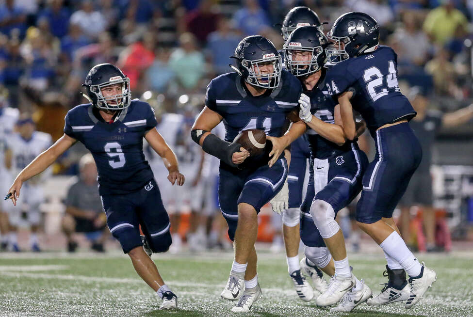 19. Boerne Champion Chargers Record: 7-3 5A-2 Region IV District 14 Opponents with a winning record: 4 Wins against teams with winning records: 2 Week 11 results: W - Defeated Alamo Heights 43-37