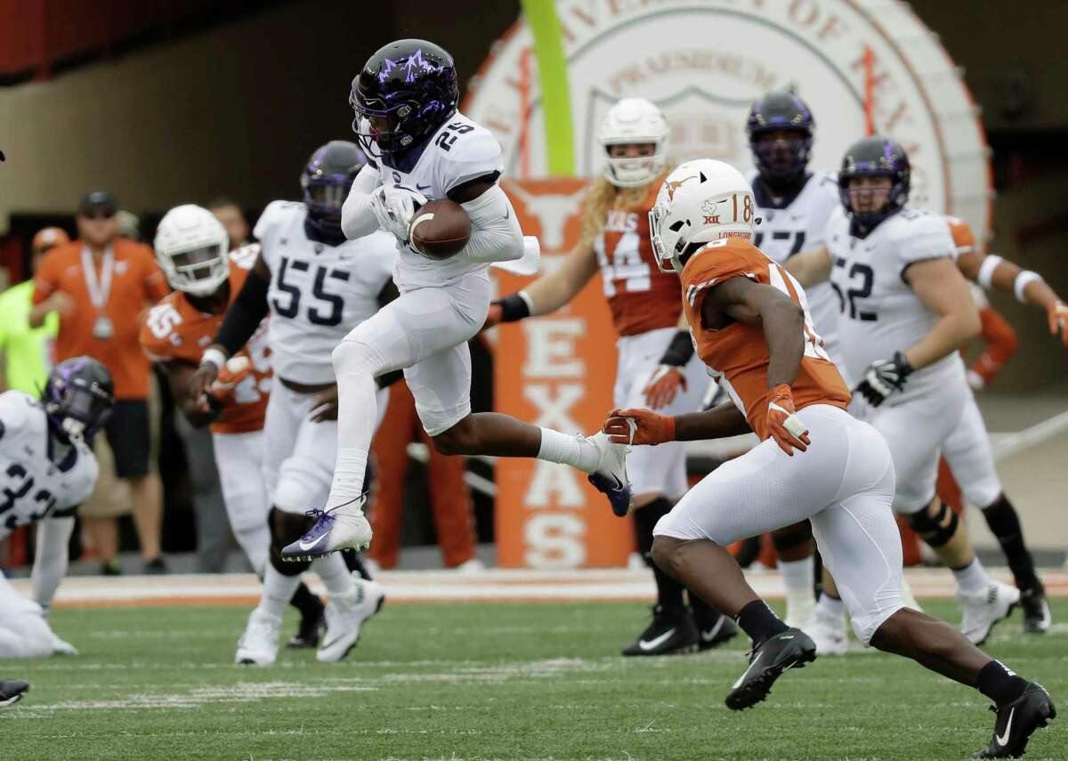 TCU wide receiver KaVontae Turpin (25) bobbles and drops a pass against Texas during the first half of an NCAA college football game, Saturday, Sept. 22, 2018, in Austin, Texas. (AP Photo/Eric Gay)