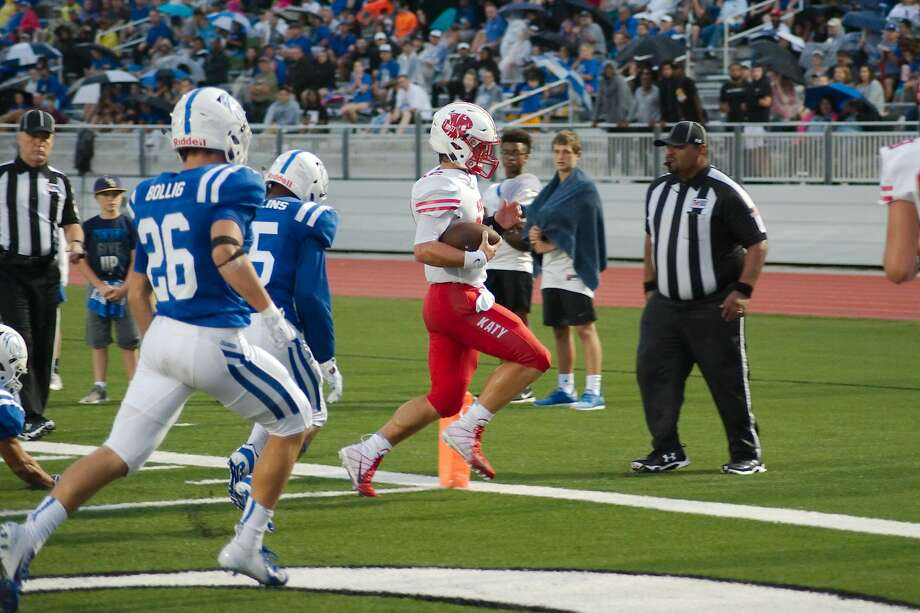 Katy's Bronson McClelland (12) sprints into the end zone against Clear Springs Saturday, Sep. 22 at CCISD Challenger Columbia Stadium. Photo: Kirk Sides/Houston Chronicle
