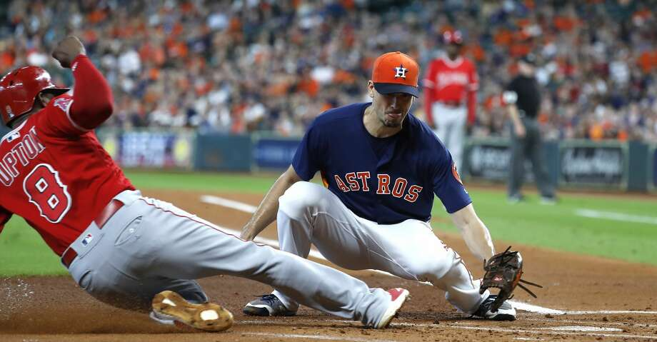 Astros' Charlie Morton exits after 1 inning against Angels