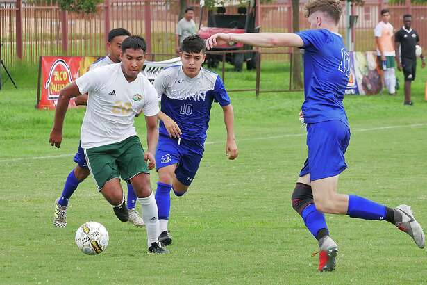 Jose Echavarria and the Palominos lost 2-1 to the Northeast Texas Eagles Saturday in the Region XIV Final match. Echavarria was the player who scored for Laredo College.