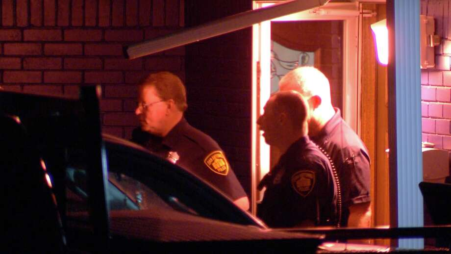 Police said they responded to a shooting call around 4:45 a.m. in the 3800 block of Viewsite Drive. Photo: Ken Branca