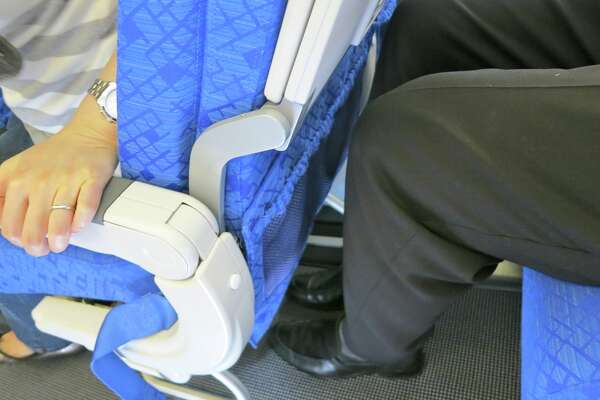 Legroom (pitch) and seat width might soon be subject to federal regulation. (Chris McGinnis)