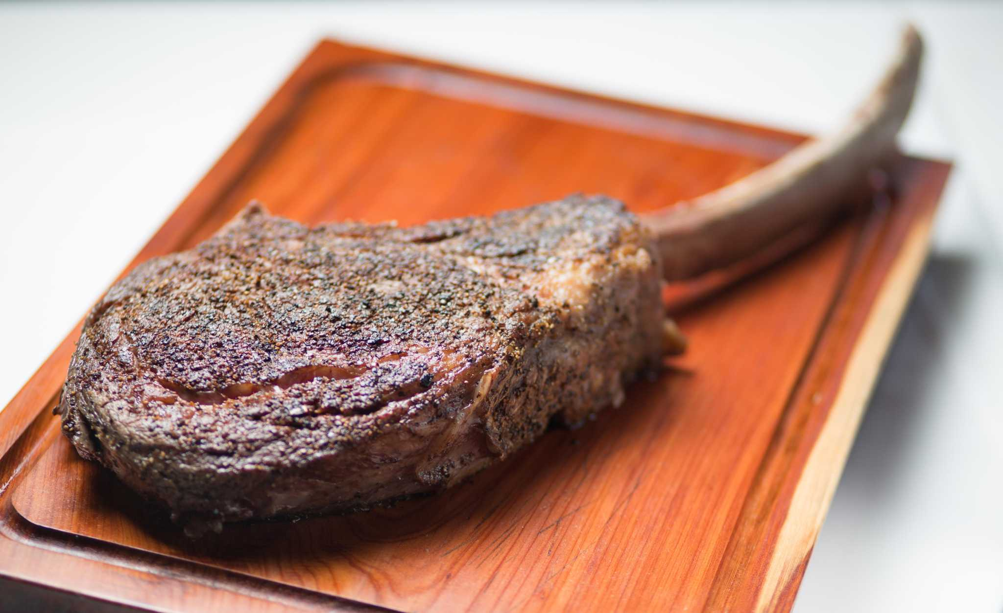 Popular Pearland steakhouse to launch second location in The Woodlands