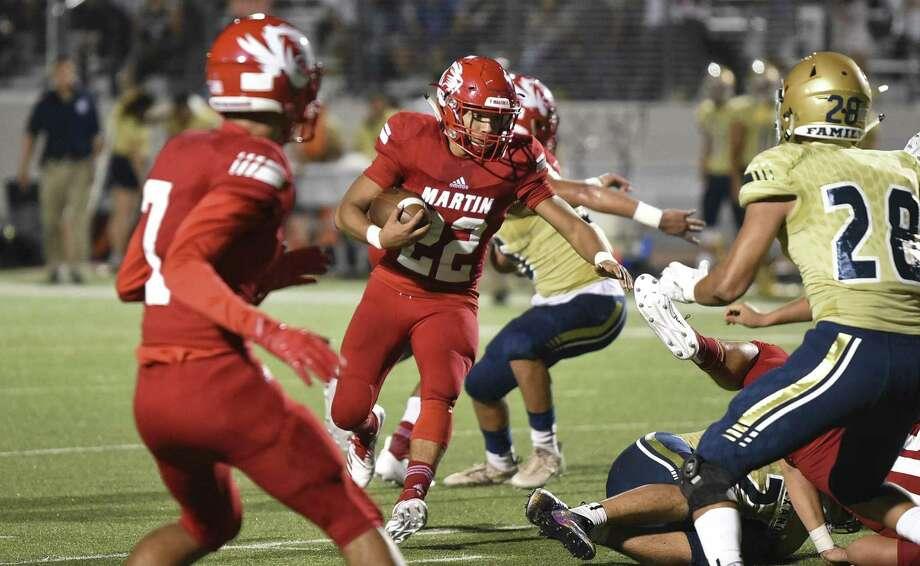 Martin High School and Alexander High School face off at Shirley field on Thursday, Sept. 20, 2018. Photo: Danny Zaragoza /Laredo Morning Times / Laredo Morning Times