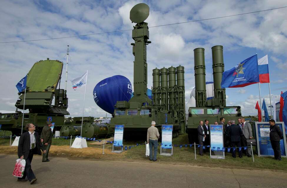 FILE - In this file photo taken on Tuesday, Aug. 27, 2013, Russian air defense system missile system Antey 2500, or S-300 VM, is on display at the opening of the MAKS Air Show in Zhukovsky outside Moscow, Russia. Moscow will supply the Syrian government with modern S-300 missile defense systems following last week?'s downing of a Russian plane, the Russian Defense Minister announced on Monday Sept. 24, 2018. (AP Photo/Ivan Sekretarev, File)