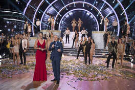 """Tom Bergeron and Erin Andrews, along with the Season 27 cast of """"Dancing With the Stars."""""""