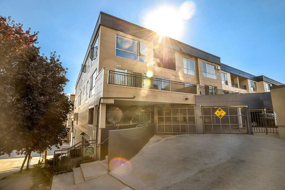 This well-maintained one bedroom in the International District has an open concept floorplan flooded with natural light. Views of the Sound, mountain and city views can be seen from the spacious private balcony, with secure parking and easy-acess to downtown, Interstate-90 and Interstate 5. 321 10th Ave. S., #617, listed for $398,000. See the full listing below. Photo: Listed By Forrest Moody, Tamar Baber • Redfin Corp.