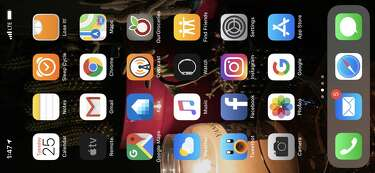Sorry, your iPhone XS Max's home screen won't do landscape mode