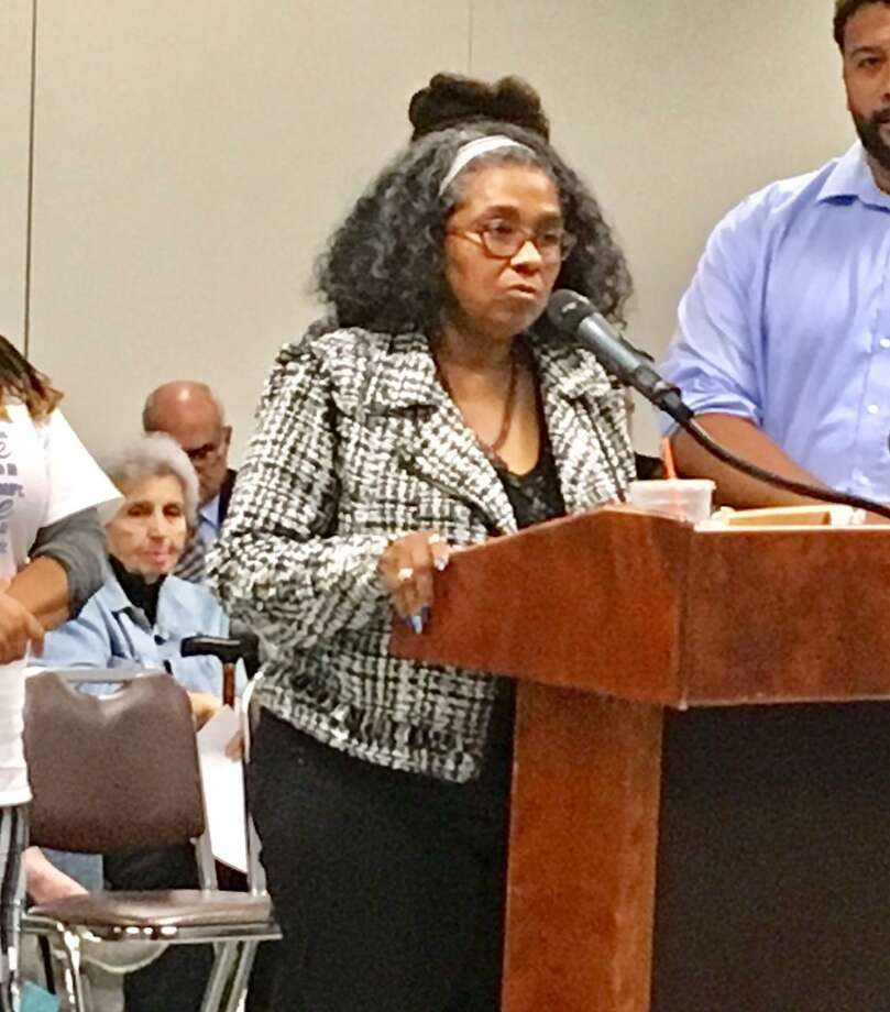 Former Bridgeport Board of Education member Sauda Baraka addresses school board on Sept. 24, 2018. Photo: Linda Conner Lambeck