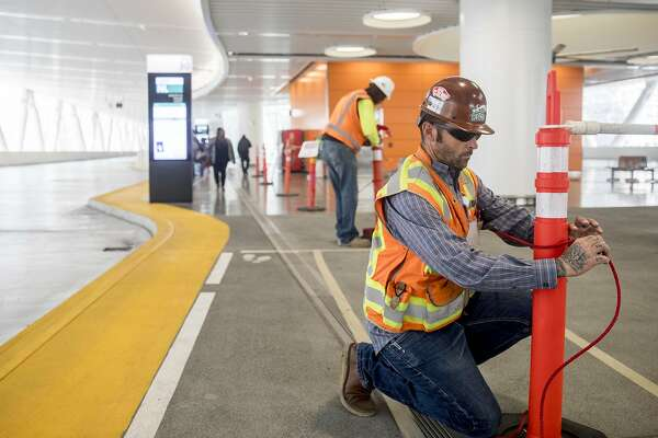 Contractor sues Transbay center authority for $150M