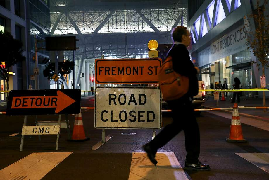 Road closed signs were erected at the intersection of Fremont and Howard after the closure of the Transbay Transit Center in San Francisco, Calif., on Tuesday, September 25, 2018. A major crack was discovered in a steel beam that supports the roof garden of the new $2.2 billion center in downtown San Francisco. Photo: Yalonda M. James / The Chronicle