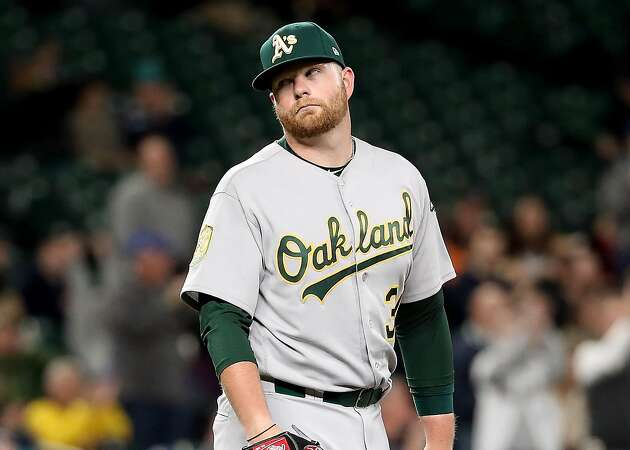 Brett Anderson officially back with A's, still brings the funny
