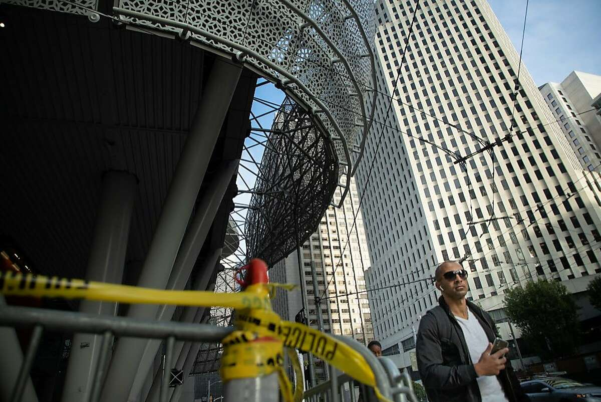 The closed Salesforce Transit Center on Beale St. Wednesday, Sept. 26, 2018, in San Francisco, Calif.