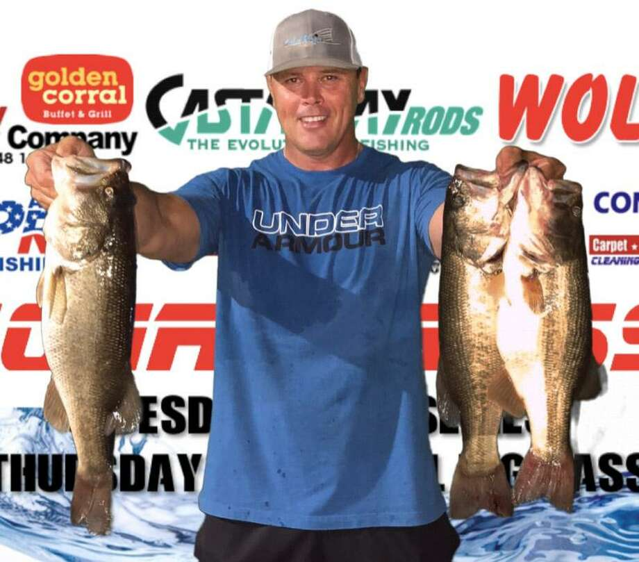 Ronnie Wagner won the CONROEBASS Tuesday Tournament with a stringer total weight of 11.12 pounds. Photo: Conroe Bass