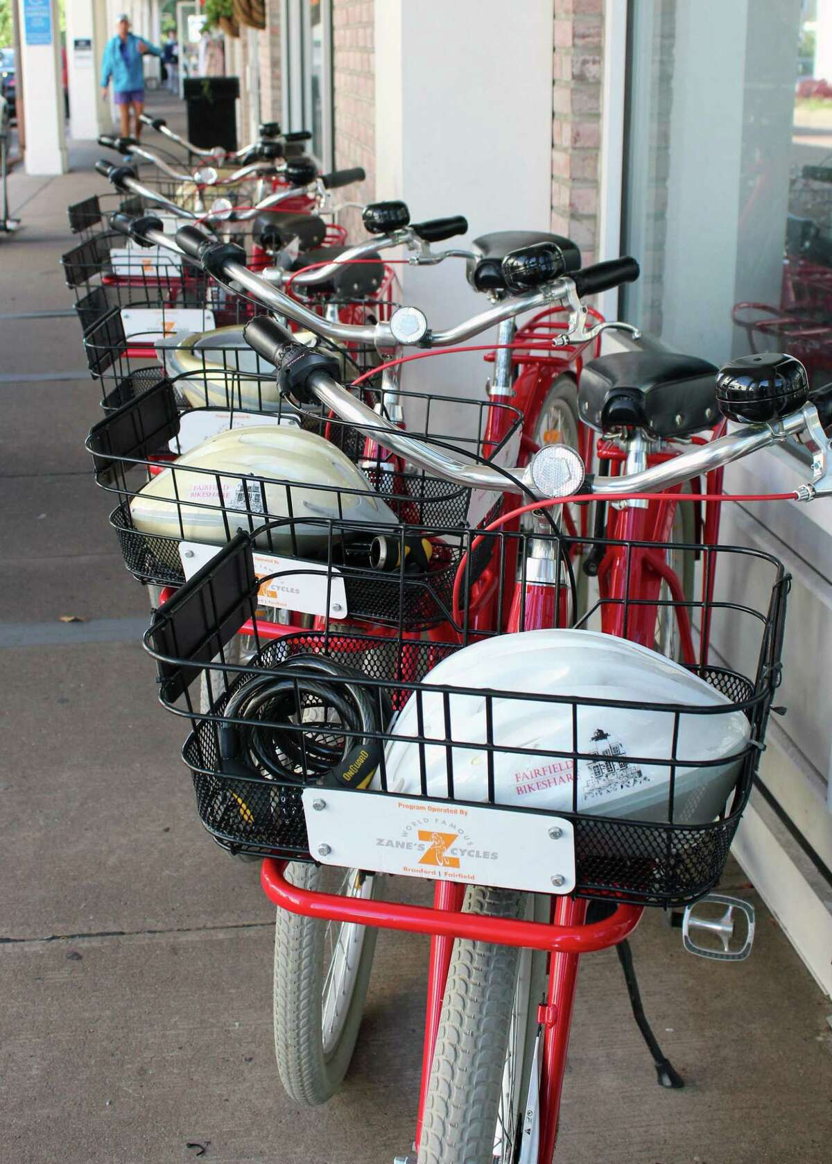 The town's three-year bike share pilot program will end next spring, and officials are surveying residents about participating in a regional program. Fairfield,CT. 9/26/18